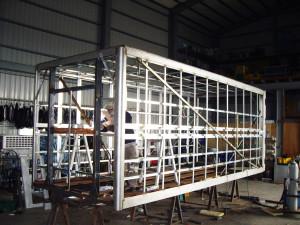 打造式車廂骨架,結構性是高壓發砲是不能相比的